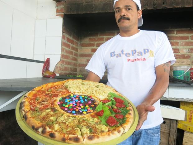 Em uma pizza, opções para todos os gostos e sobremesa garantida.